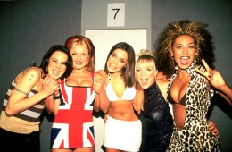 Spice Girls photographed backstage at the Brit Awards in February 1997 .;  (Photo by Ray Burmiston/Photoshot/Getty Images)