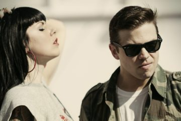 "Sleigh Bells. 'Jessica Rabbit'. ""It's Just Us Now"". Videoclip. Cúsica Plus"