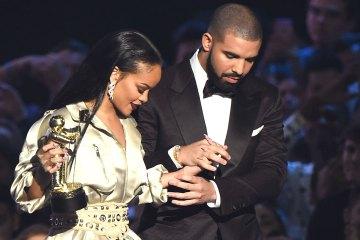 Rihanna. Drake. Pareja. Mismo Tatuaje. Cúsica Plus
