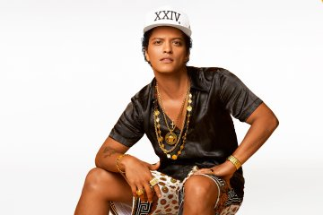 Bruno Mars. 24K Magic. Nuevo tema. Video Nuevo. Nuevo disco. Cúsica Plus