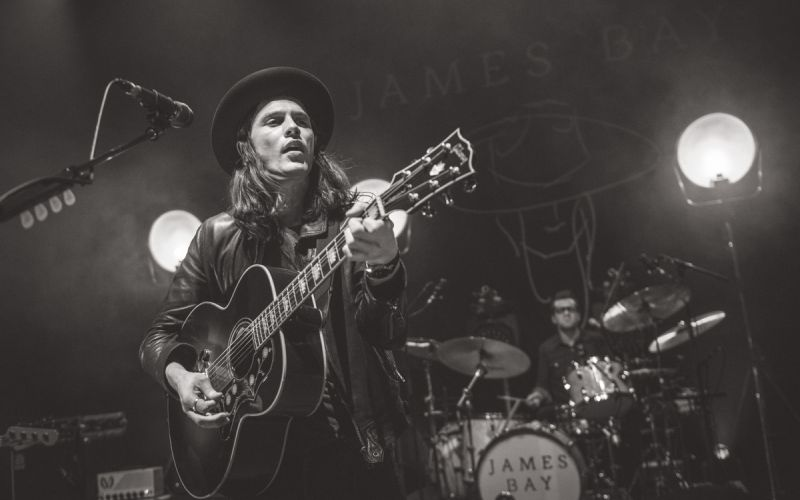 James Bay. Cúsica Plus.