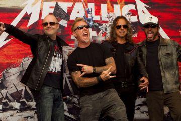 Metallica regala un nuevo tema con la compra de una de sus máscaras para Halloween. Cúsica Plus