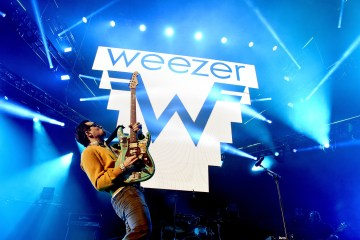 Weezer. I Love The USA. The Late Late Show. James Corden. Cúsica Plus