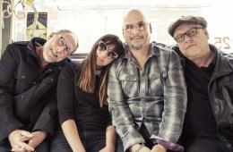 "Pixies estrena video para su reciente sencillo ""Classic Masher"". Cúsica Plus"