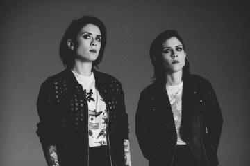 Tegan & Sara comienzan una fundación para apoyar a las mujeres de la comunidad LGTBQ. Cusica Plus