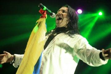 Fallece Elkin Ramírez, vocalista de la legendaria banda colombiana Kraken. Cusica Plus