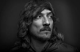 León Larregui publica su disco 'Metrópolis'. Cusica plus