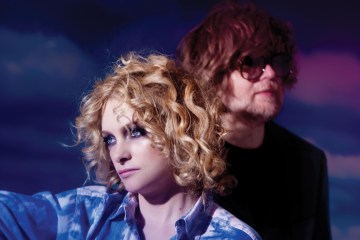 "Goldfrapp estrena video de ""Systemagic"". Cusica plus."