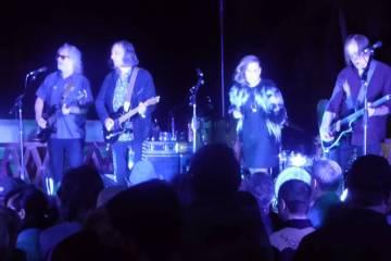 El supergrupo de R.E.M y Sleater Kinney