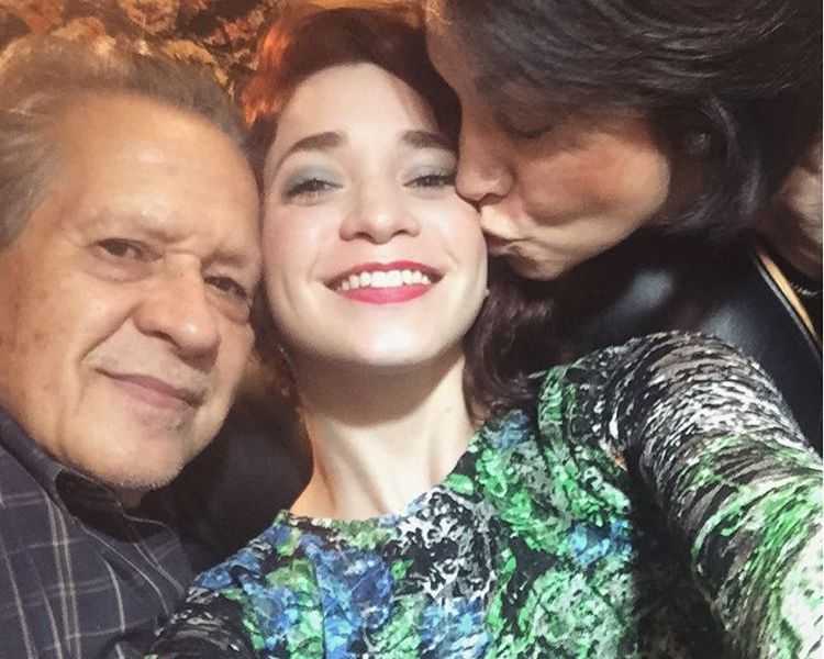Manuel y Laura Guevara junto a Marta De La Vega, Cusicaplus