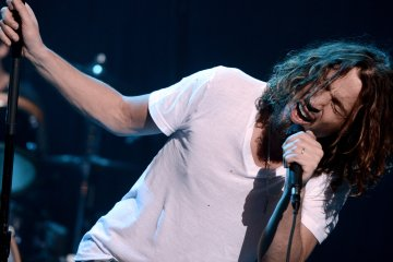 chris-cornell-Cusica-Plus