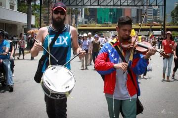 Llenando el silencio. La Marcha de los músicos en Caracas. Cusica plus.