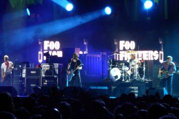 Foo_Fighters-Cusica-Plus
