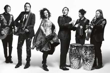 Arcade-Fire-Cusica-Plus