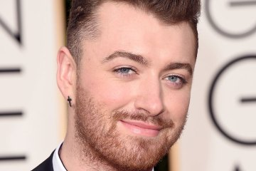 "Sam Smith sigue enfrentando la tristeza en su nuevo sencillo ""Too Good At Goodbyes"". Cusica Plus."