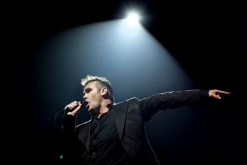 "Morrissey estrenó en vivo ""I Started Something I Couldn't Finish"". Cusica Plus."