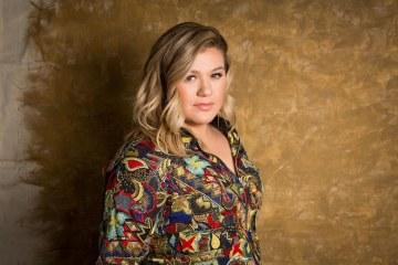 Kelly Clarkson versiona a Prince para Spotify. Cusica Plus.