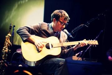 Graham Coxon comparte su canción para la serie 'End Of The Fucking World'. Cusica Plus.