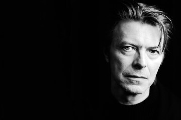 "Escucha el demo inédito de ""Let's Dance"" de David Bowie. Cusica Plus."