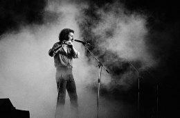 Fallece Ray Thomas, compositor, flautista, vocalista y fundador de The Moody Blues. Cusica Plus.