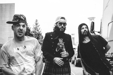 Ya puedes conocer 'America' con Thirty Seconds To Mars. Cusica Plus.