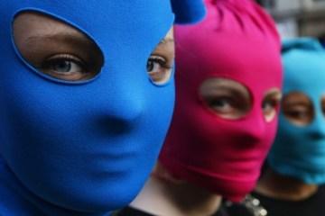 """Las Pussy Riot lanza nuevo tema y videoclip titulado """"Track About Good Cop"""". Cusica Plus."""