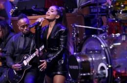 Ariana Grande rindió tributo a Aretha Franklin en el Show de Jimmy Fallon. Cusica Plus.