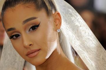 Escucha 'Sweetener' el nuevo disco de Ariana Grande. Cusica Plus.