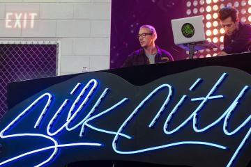 Diplo y Mark Ronson suben el volumen en lo nuevo de Silk City. cusica Plus.
