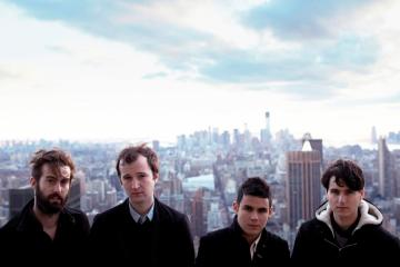 Vampire Weekend compartió cuatro temas nuevos con la audiencia de su After Show del Lollapalooza. Cusica Plus.