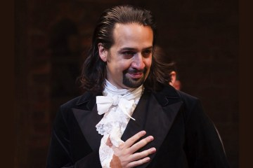 "Lin Manuel Miranda le rinde tributo a Nueva York en ""Cheering For Me Now"". Cusica Plus."