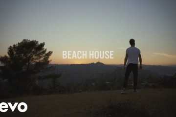 "The Chainsmokers comparte su nuevo pop ""Beach House"". Cusica Plus."