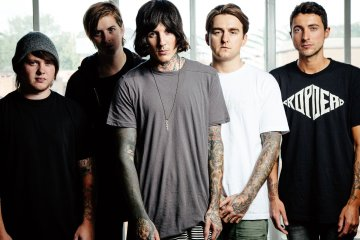 Bring-Me-The-Horizon-Cusica-Plus