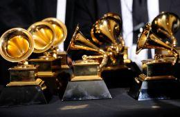 De premios y otras quimeras: Por que importan, y no importan, los Grammys. Cusica Plus.