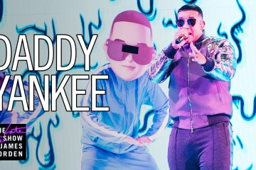 """Daddy Yankee cantó en vivo su nuevo tema """"Con Calma"""" en el Late Show de James Corden. Cusica Plus."""