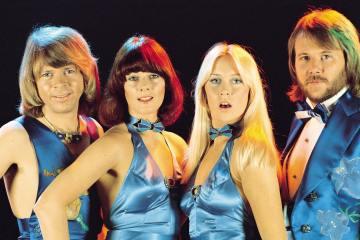 ABBA da actualización de su nuevo material. Cusica Plus.