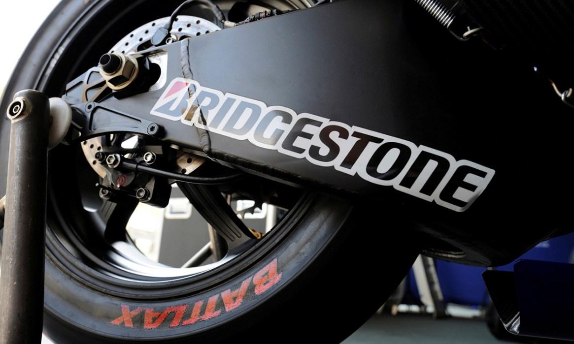 Nové motocyklové pneumatiky od Bridgestone