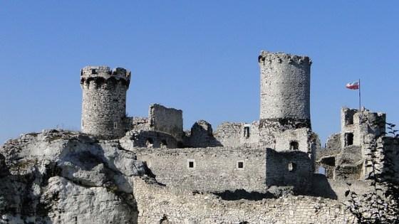 castle-382834_640 (1)