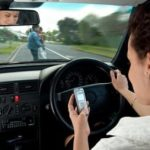 Texting-and-driving-e1427476460776