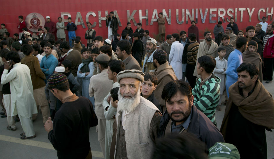 Pakistan-university-attack2