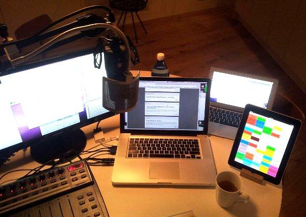 adam-curry-podcasting-rig