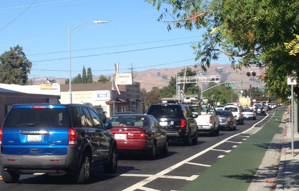 The Hedding Headache. Four lanes reduced to two. Note the completely empty bike lane.