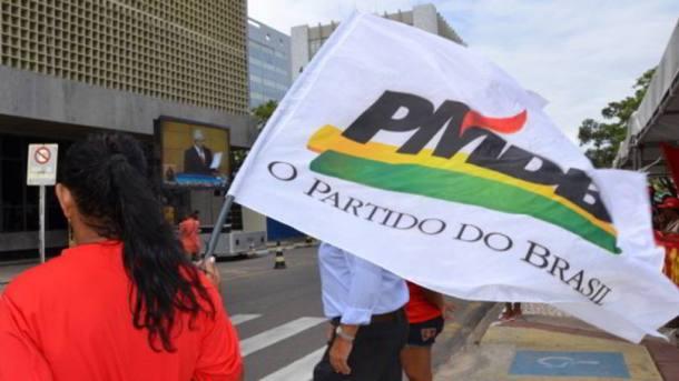 size_810_16_9_bandeira-do-pmdb