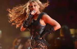 Beyonce-Super-Bowl-6