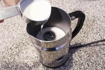 Milk Frother for London Fog Latte Recipe with Lavender Earl Grey Tea