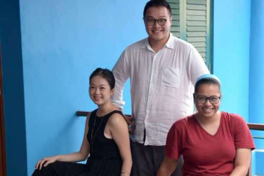 From left: Euginia, Joel and Sabrina (Credits: The Straits Times)