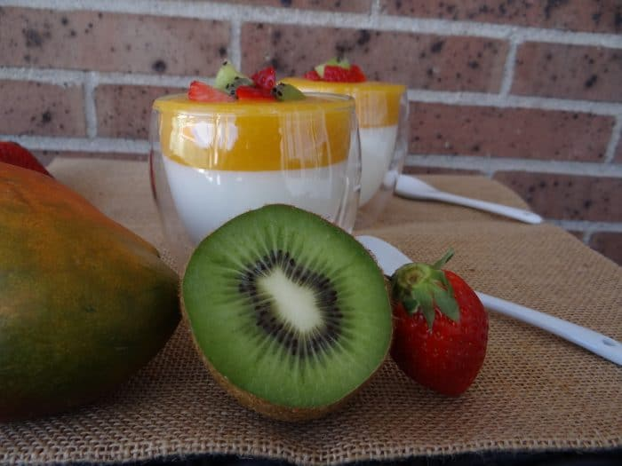 postre de yogur y mango