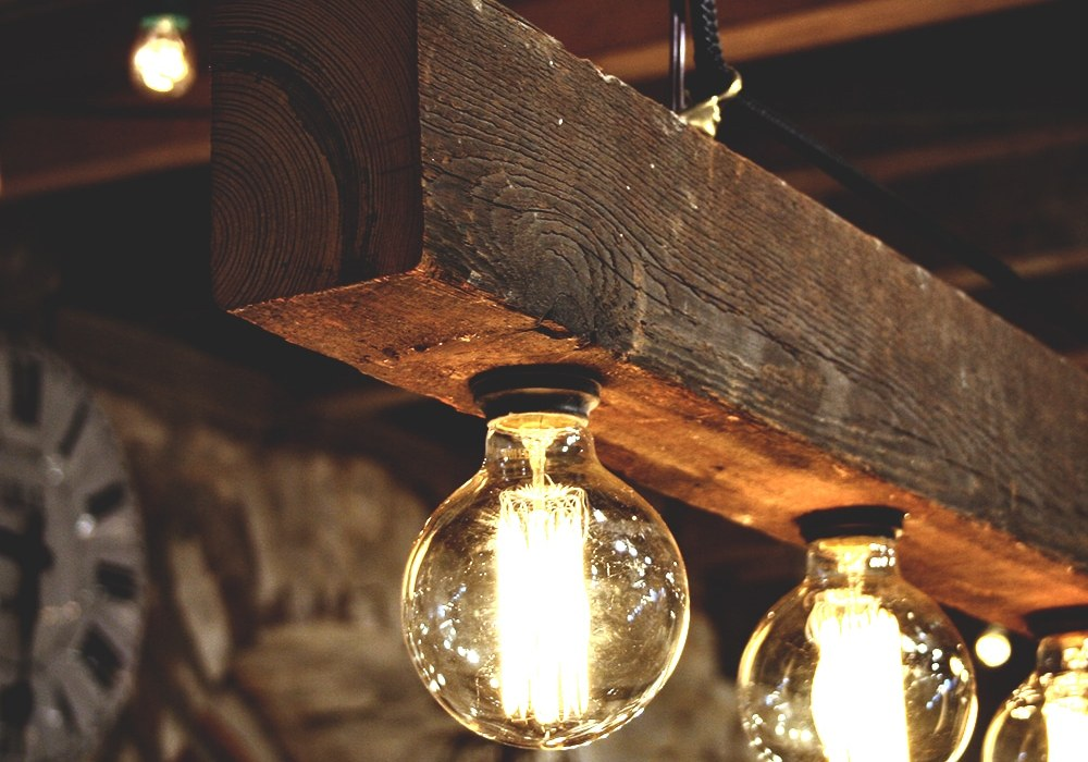 como-hacer-lamparas-de-madera-artesanales-diy-destacada