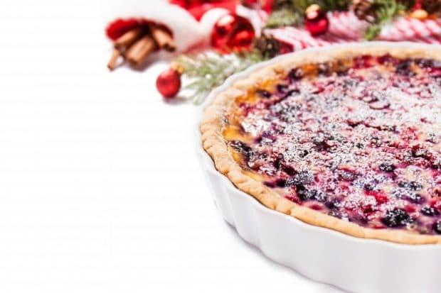 Tarta de queso y frutos rojos perfecta para Navidad