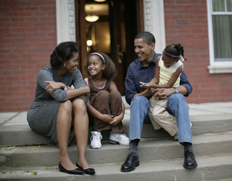 home-obama-family